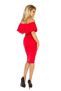 8637372f6419 138-2 Púzdrové šaty s odhalenými ramenami a volánom   červené