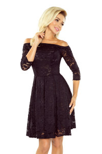 26912a2ba528 168-1 Krajkové šaty s odhalenými ramenami Numoco  čierne